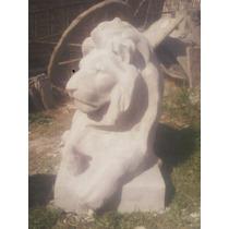 Estatua Leon Grande