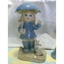 Nena Con Paraguas En Porcelana