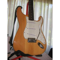 Guitarra Strato Squier California By Fender Con Ampificador