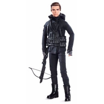 Barbie Collector The Hunger Games: Mockingjay Part 2 Gale Do