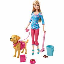 Barbie E Cachorro Que Faz Coco