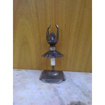 Bailarina En Metal Reciclado.