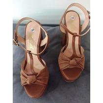 Sandalia Salto Grosso Alto Camurca Marrom Marca Leluel Shoes