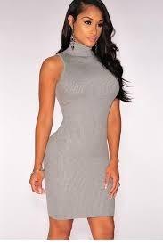 8db20b7082 Vestido Gola Alta Curto Sem Manga Feminino - R  59
