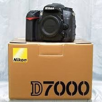 Nikon D7000 16.2 Megapíxeles Con Lente De 18-55mm
