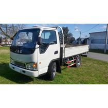 Camion Jac 1035