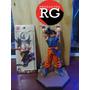 Goku Haciendo Genkidama Figuarts Zero + Llavero Dragon Ball
