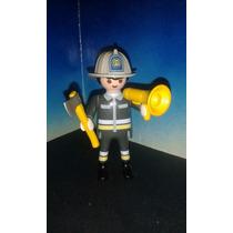 Playmobil Jefe De Bomberos Con Megafono Y Hacha Rescate Js B