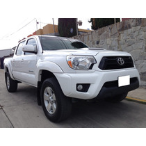 Impecable Toyota Tacoma Trd Sport 4x2 2013