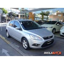 Ford Focus 1.6 Trend 5 Puertas Imolaautos ***