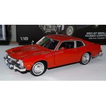 1:24 Ford Maverick 1973 Rojo Motor Max Display