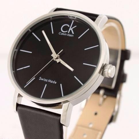 Relógio Calvin Klein - Oferta ! - R  64,90 em Mercado Livre ddcec1b3e5