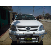 Toyota Hilux Turbo 4x2 Color Blanco Año 2008 Modelo 2009