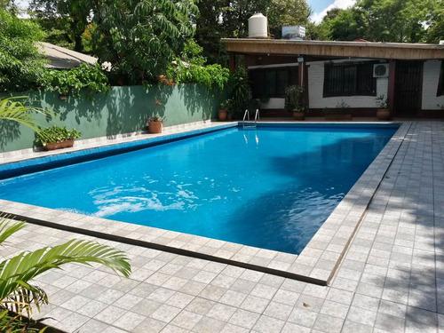 casa alquiler por dia con piscina en puerto iguazu
