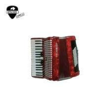 Acordeon Piano Golden Cup 60 Bajos 5 Registros