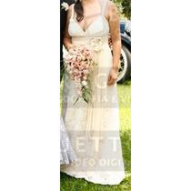 Vestido De Noiva Cor Pérola Com Sandalia