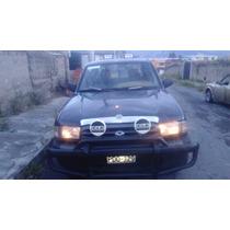 Mazda Doble Cabina Deportiva Bien Mantenida