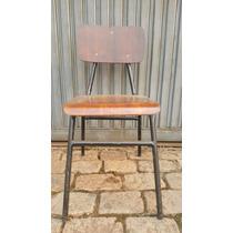 Cadeira Escolar Antiga