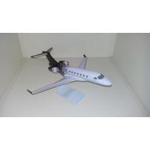 Maquete Em Resina Avião Emb - Legacy 500 Pintura Rajada