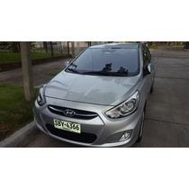 Hyundai Accent Automática 2015
