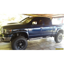 Dodge Ram Pick-up 2500 St Quad Cab. 4x4 - Automatico