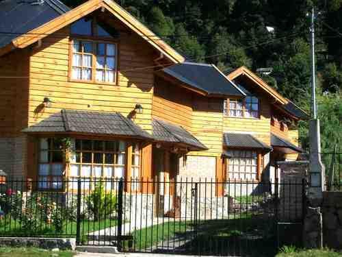 Casas en alquiler temporario en weber 868 san mart n de for Jardin 6 neuquen