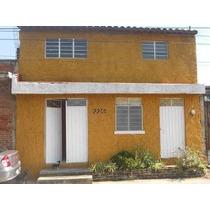 Casa En Renta En Morelia En Col. Ejidal 3 Puentes. Cuenta Con 2 Recamaras, 2 Baños Completos, Sala, Comedor, Cocina, Patio De Servicio, En Planta Alta 2 Cuartos Como Bodega.