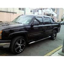 Camioneta Avalanch 2003 Negra