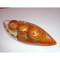 Prato Decorativo Barca De Cerâmica Com 3 Bola Linda Peça