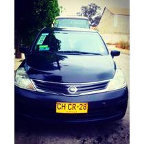 Taxi Colectivo Nissan Tiida