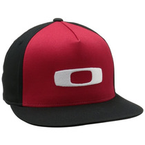 Gorra Oakley O-justable Flex Fit-100 Negro - Rojo