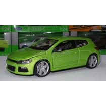 1:24 Volkswagen Scirocco R Verde Bburago Burago Display