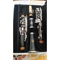 Clarinete Americana Marca Vito Revisada E Com Estojo