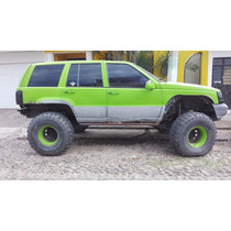 Jeep Grand Cherokee Modificada De Suspension Y Otros Extras