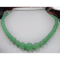 Collar De Jade Verde Suave Con Broche De Plata 294 Quilates