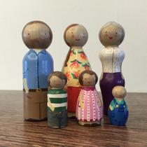 Muñecos Madera Juguetes Pintados A Mano Set De 6 Familia