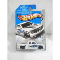 Hot Wheels Camioneta Chevy Silverado Police 164/247 2013