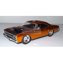 1:24 Plymouth Road Runner 1970 Rapido Y Furioso Jada Display