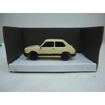 Fiat 147 1/43 Alucinante Replica