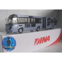 Autobus Dina Brighter A Escala