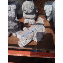 Figura De Cocodrilo De Piedra Volcánica Cantera Recinto