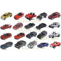 Kit Com 20 Miniaturas Em Metal Carros Modernos E Antigos