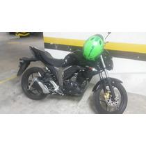 Moto Gixxer 2016 Negra