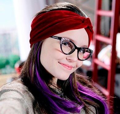 a05e0e68ba87d Oculos Cumplices De Um Resgate Isabela E Kit Turbante - R  49,90 em Mercado  Livre