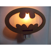 Abajur Mini Luminaria De Tomada Em Mdf, Logo Batman