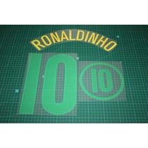 Estampado Brasil Local 2004-2006 #10 Ronaldinho Vinil