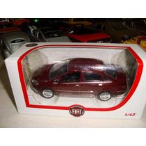Miniatura Fiat Linea Esc. 1.43 Norev Original Fiat