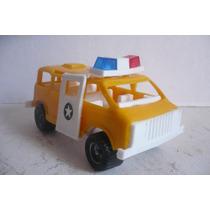 Ambulancia De Emergencias - Camioncito Van Juguete Escala