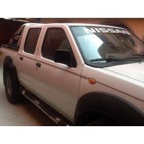Vendo Frontier 2012 Petrolera 4x4 Turbo Como Nueva!