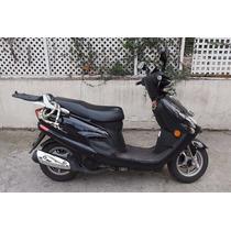 Suzuki An 125 Moto Scooter